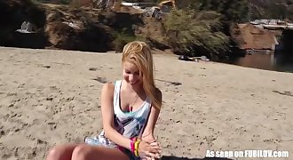 Petite Inexperienced Teen Girl Gives A Blowjob